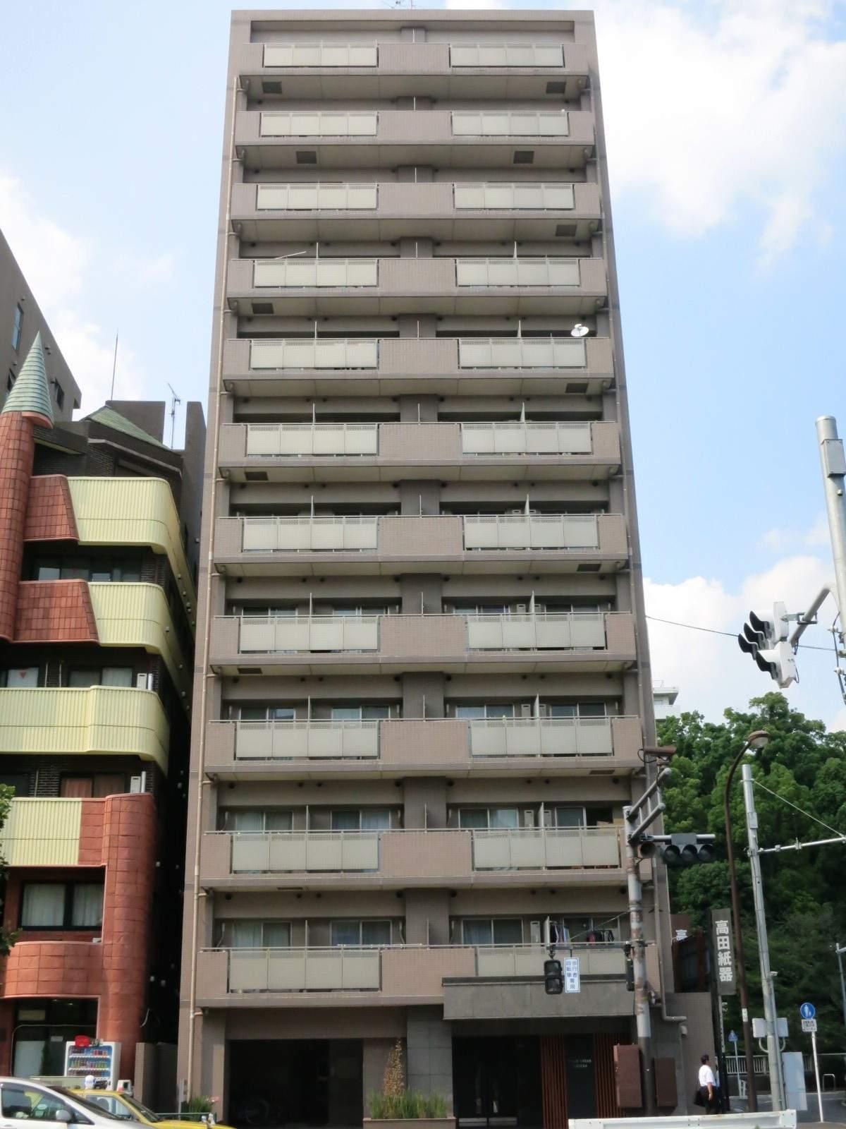 東京都新宿区、早稲田駅徒歩10分の築13年 12階建の賃貸マンション