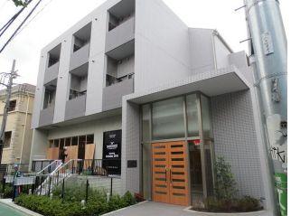 東京都渋谷区、表参道駅徒歩9分の築4年 4階建の賃貸マンション