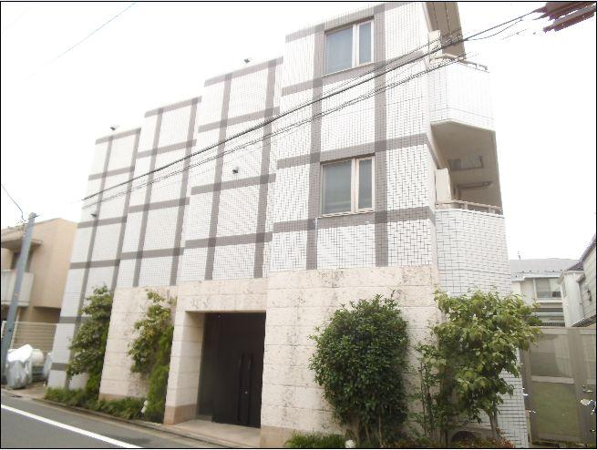 東京都目黒区、祐天寺駅徒歩4分の築11年 3階建の賃貸マンション