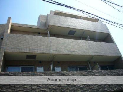 東京都目黒区、中目黒駅徒歩8分の築9年 4階建の賃貸マンション