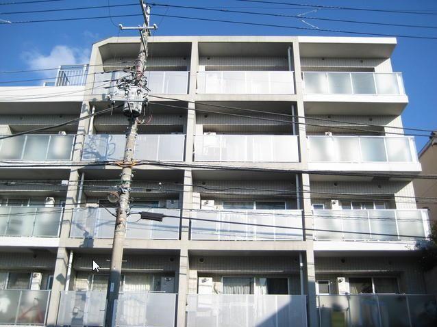 東京都目黒区、都立大学駅徒歩8分の築10年 5階建の賃貸マンション