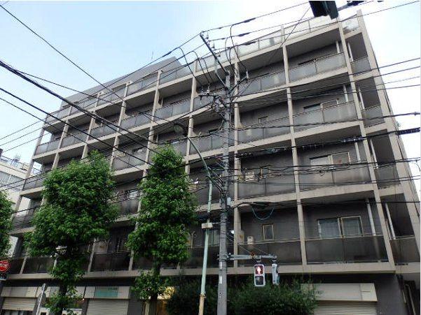 東京都目黒区、代官山駅徒歩13分の築24年 6階建の賃貸マンション