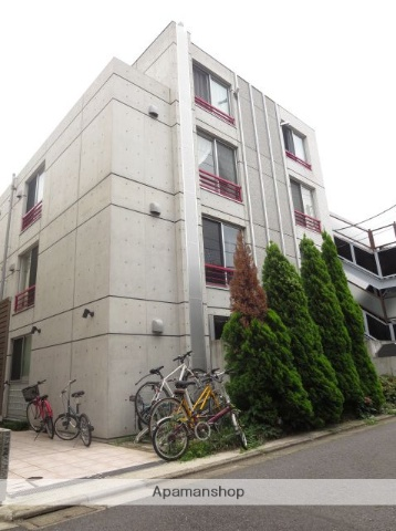 東京都目黒区、祐天寺駅徒歩17分の築8年 4階建の賃貸マンション