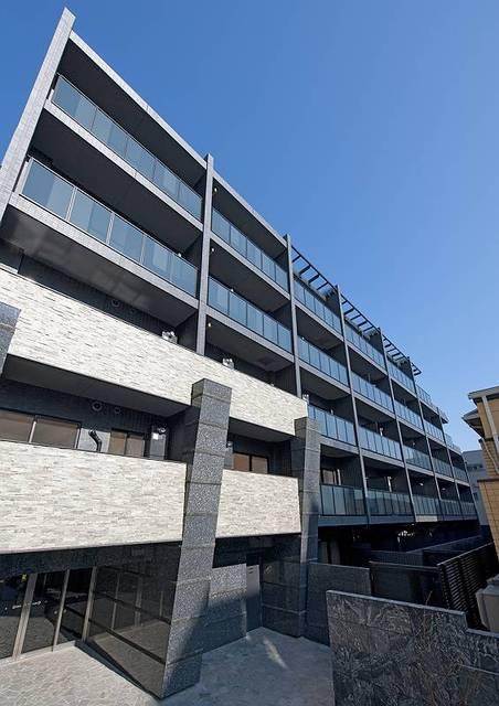 東京都新宿区、新大久保駅徒歩12分の築3年 5階建の賃貸マンション
