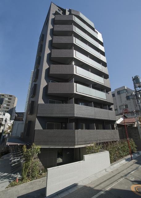 東京都港区、溜池山王駅徒歩8分の築3年 10階建の賃貸マンション