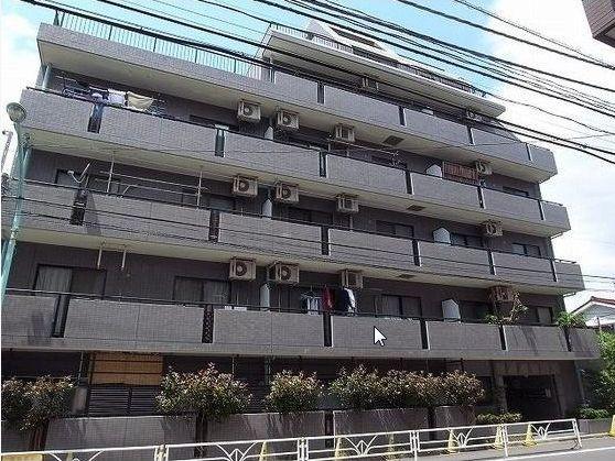 東京都渋谷区、初台駅徒歩14分の築18年 7階建の賃貸マンション