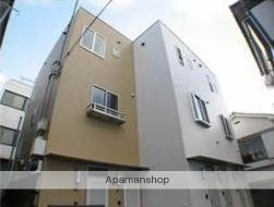 東京都渋谷区、初台駅徒歩4分の築9年 3階建の賃貸マンション