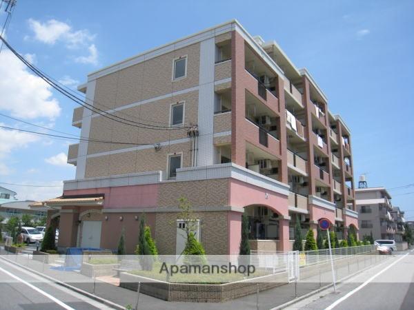 東京都足立区、綾瀬駅徒歩19分の築7年 5階建の賃貸マンション