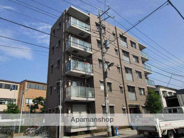 東京都葛飾区、綾瀬駅徒歩8分の築5年 5階建の賃貸マンション