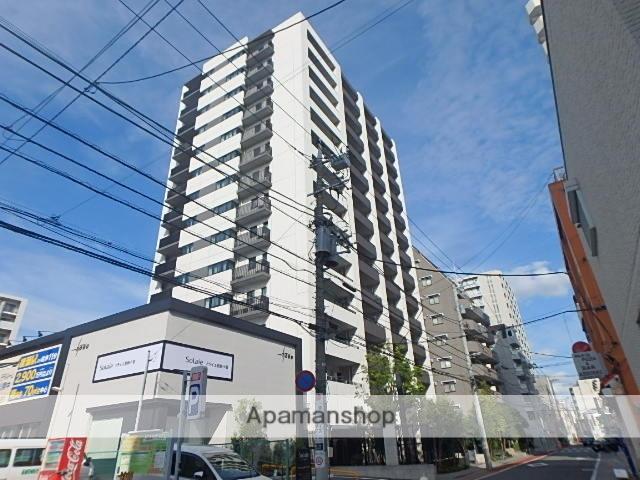 東京都足立区、綾瀬駅徒歩4分の築6年 14階建の賃貸マンション