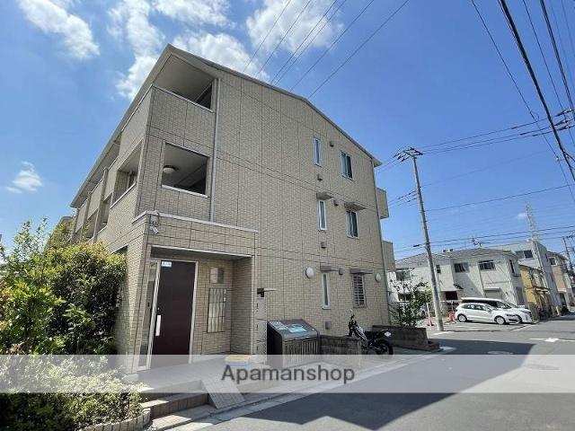 東京都足立区、北綾瀬駅徒歩25分の築5年 3階建の賃貸マンション