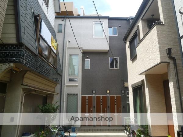 東京都葛飾区、堀切駅徒歩16分の築8年 3階建の賃貸アパート