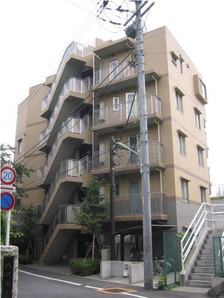東京都大田区、新丸子駅徒歩15分の築14年 5階建の賃貸マンション