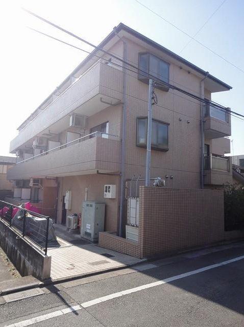 東京都目黒区、都立大学駅徒歩14分の築25年 3階建の賃貸マンション