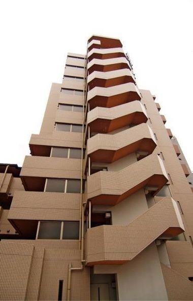 東京都目黒区、都立大学駅徒歩11分の築15年 10階建の賃貸マンション