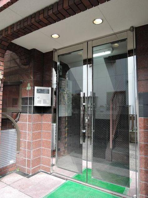 東京都世田谷区、用賀駅徒歩10分の築22年 3階建の賃貸マンション