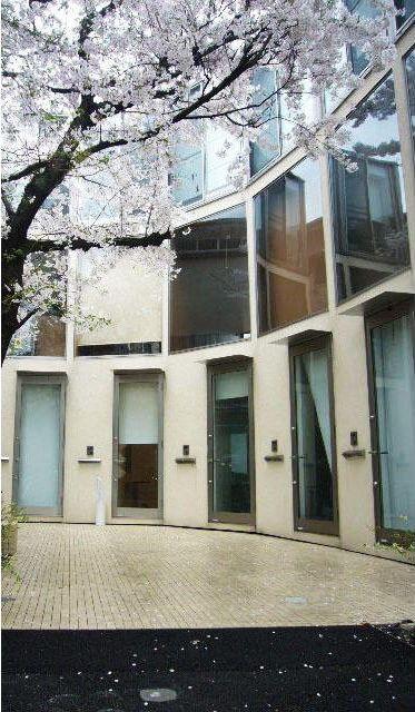 東京都目黒区、代官山駅徒歩15分の築6年 3階建の賃貸アパート