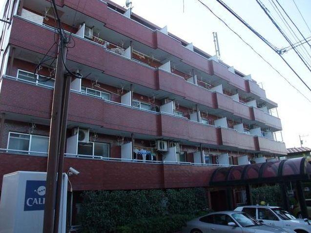 東京都目黒区、祐天寺駅徒歩7分の築30年 5階建の賃貸マンション