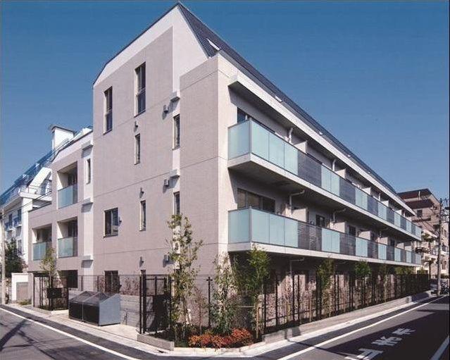 東京都目黒区、学芸大学駅徒歩8分の築7年 4階建の賃貸マンション