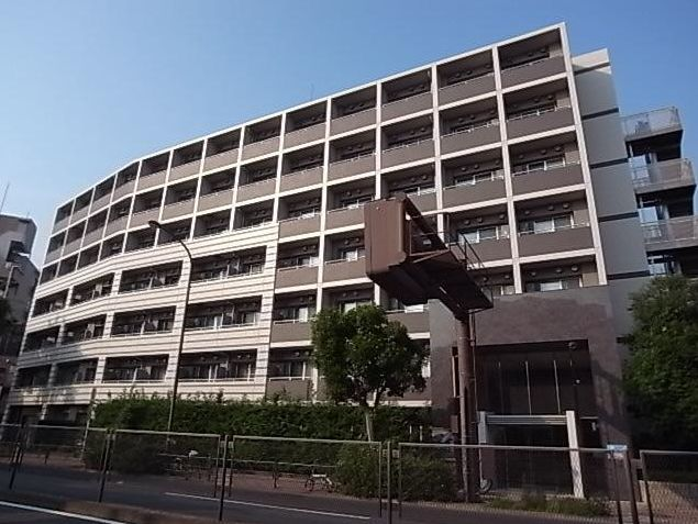 東京都目黒区、学芸大学駅徒歩24分の築9年 7階建の賃貸マンション