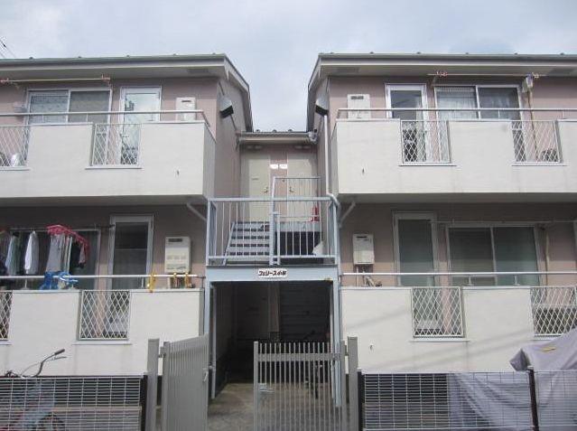 神奈川県川崎市中原区、武蔵小杉駅徒歩12分の築30年 2階建の賃貸アパート