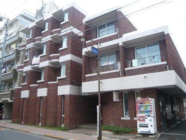 東京都大田区、奥沢駅徒歩14分の築28年 4階建の賃貸マンション