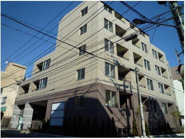 東京都目黒区、都立大学駅徒歩3分の築7年 5階建の賃貸マンション