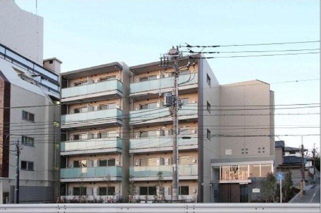 東京都世田谷区、自由が丘駅徒歩17分の築4年 5階建の賃貸マンション