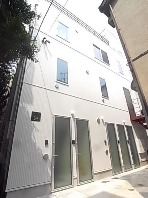 東京都世田谷区、自由が丘駅徒歩23分の築1年 3階建の賃貸アパート