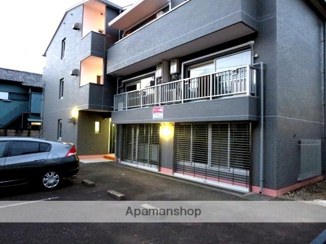 東京都世田谷区、用賀駅徒歩20分の築35年 3階建の賃貸マンション