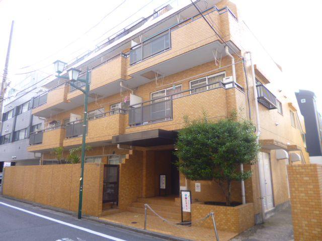 東京都渋谷区、駒場東大前駅徒歩8分の築23年 4階建の賃貸マンション