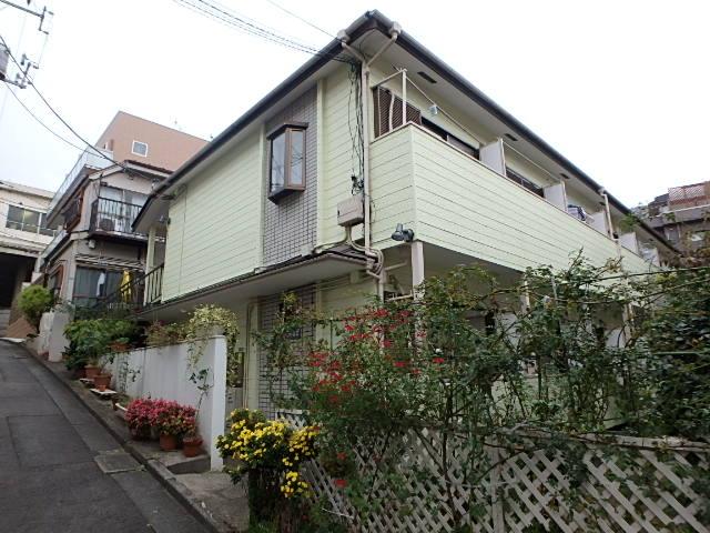 東京都目黒区、神泉駅徒歩11分の築29年 2階建の賃貸アパート