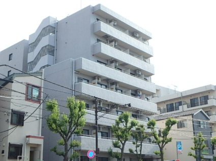 東京都目黒区、神泉駅徒歩12分の築30年 7階建の賃貸マンション