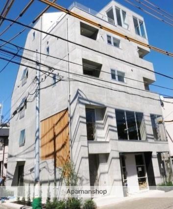 東京都世田谷区、二子新地駅徒歩16分の築2年 5階建の賃貸マンション