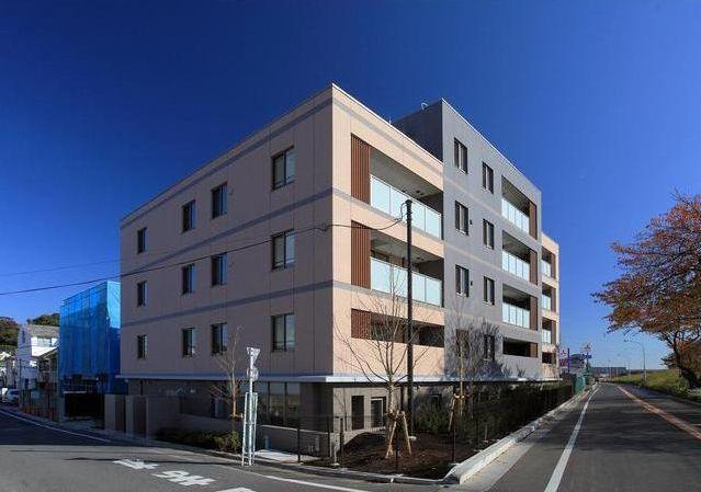 東京都世田谷区、等々力駅徒歩20分の築4年 5階建の賃貸マンション
