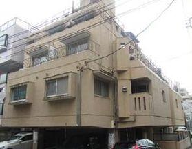 東京都渋谷区、渋谷駅徒歩6分の築39年 5階建の賃貸マンション