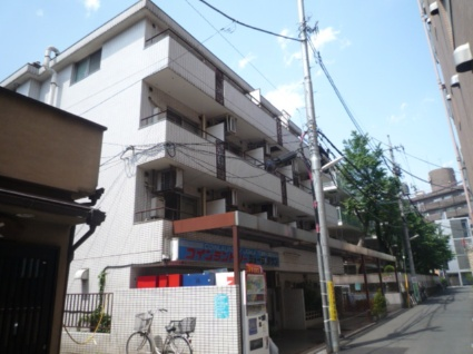 東京都武蔵野市、吉祥寺駅徒歩4分の築31年 4階建の賃貸マンション