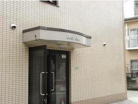 東京都世田谷区、用賀駅徒歩18分の築24年 3階建の賃貸マンション
