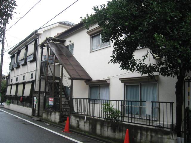 東京都杉並区、西荻窪駅徒歩15分の築39年 2階建の賃貸アパート