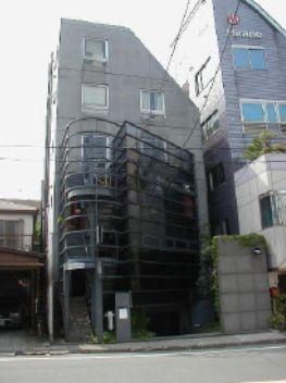 東京都世田谷区、池尻大橋駅徒歩9分の築31年 5階建の賃貸マンション
