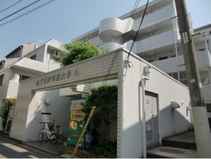 東京都目黒区、学芸大学駅徒歩8分の築32年 5階建の賃貸マンション