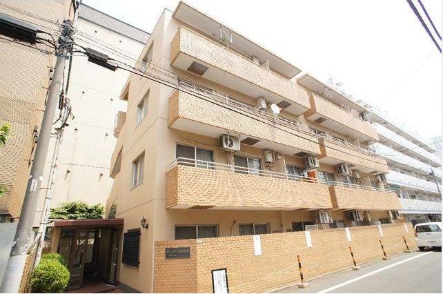 東京都目黒区、代官山駅徒歩13分の築35年 4階建の賃貸マンション