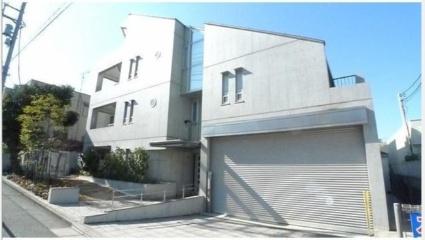 東京都世田谷区、自由が丘駅徒歩9分の築10年 4階建の賃貸マンション