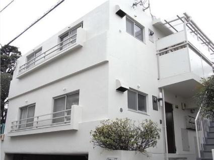 東京都世田谷区、学芸大学駅徒歩11分の築37年 2階建の賃貸マンション