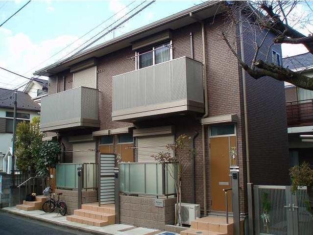 東京都世田谷区、駒沢大学駅徒歩16分の築8年 2階建の賃貸アパート