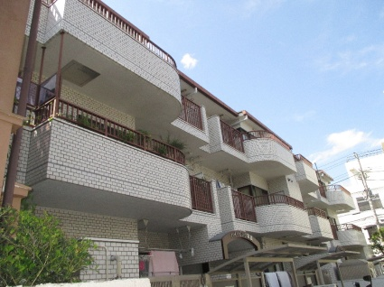 東京都杉並区、阿佐ケ谷駅徒歩22分の築29年 3階建の賃貸マンション