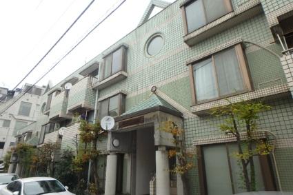東京都目黒区、祐天寺駅徒歩17分の築29年 3階建の賃貸マンション