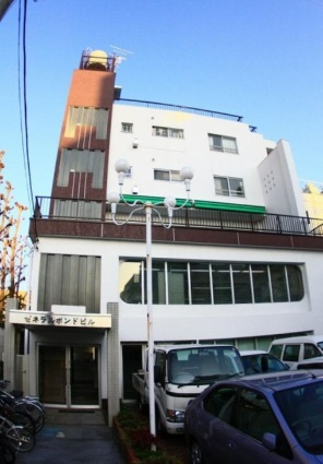 東京都目黒区、都立大学駅徒歩7分の築37年 5階建の賃貸マンション