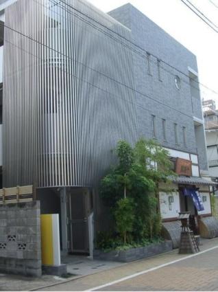 東京都世田谷区、九品仏駅徒歩10分の築12年 5階建の賃貸マンション