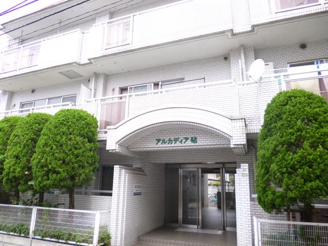 東京都世田谷区、千歳船橋駅徒歩23分の築28年 4階建の賃貸マンション